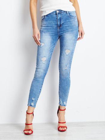 Jasnoniebieskie jeansy Item