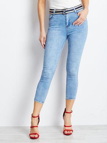 Jasnoniebieskie jeansy Vendetta