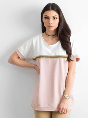 Jasnoróżowa bluzka damska z dekoltem na plecach