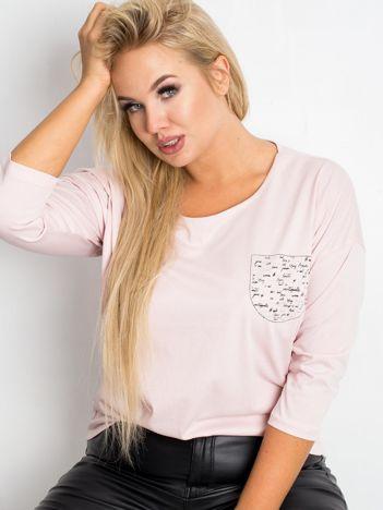 Jasnoróżowa bluzka plus size Touchy
