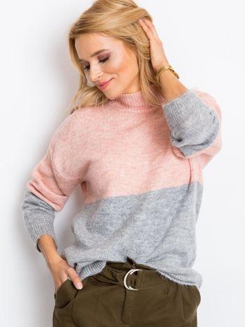 Jasnoróżowy sweter Taylor