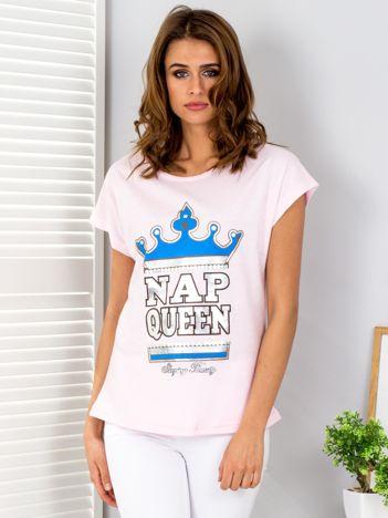 Jasnoróżowy t-shirt NAP QUEEN