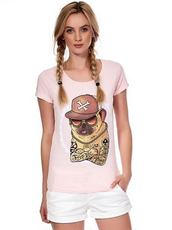 Jasnoróżowy t-shirt z buldogiem