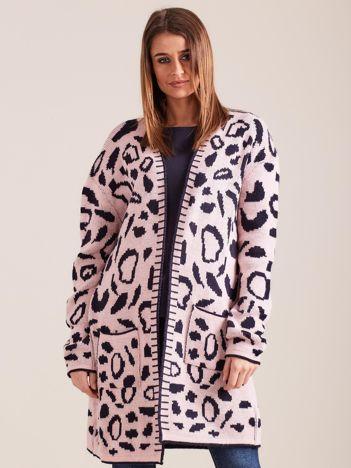 Jasnoróżowy wzorzysty sweter damski