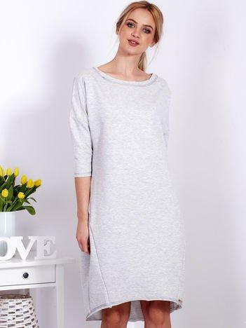 Jasnoszara sukienka oversize z kieszeniami
