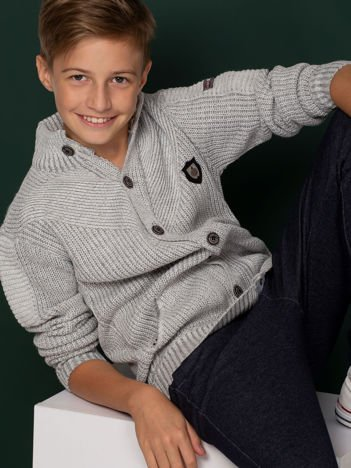 Jasnoszary sweter dla chłopca z kieszeniami