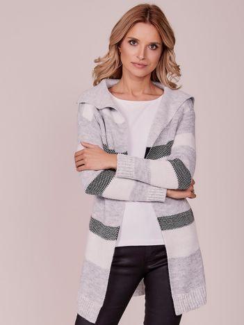 Jasnoszary sweter w paski z kołnierzem