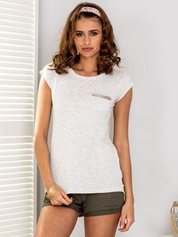 Jasnoszary t-shirt z suwakiem