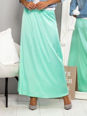 Jasnozielona spódnica maxi