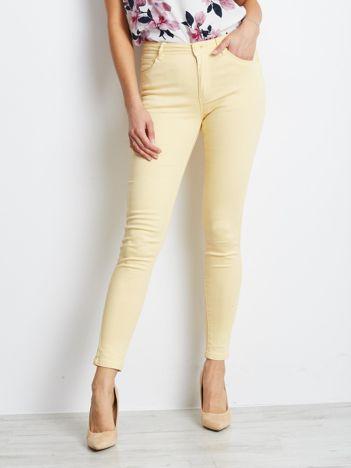 Jasnożółte spodnie Meaning