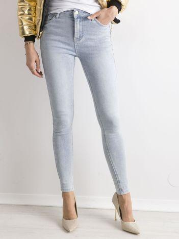 Jeansowe rurki niebieskie
