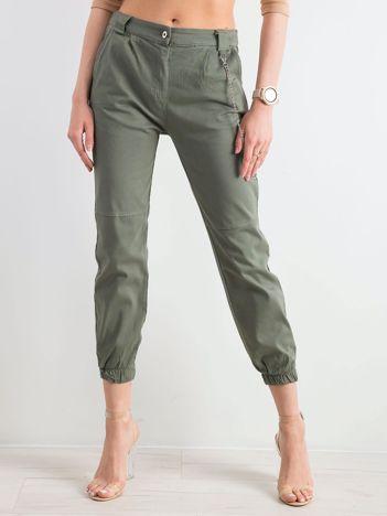 Khaki bawełniane spodnie