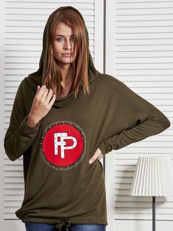 Khaki bluza damska z aplikacją i ściągaczem na dole