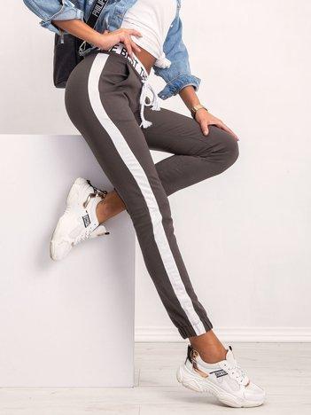 Khaki spodnie Glammy