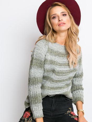 Khaki sweter Here