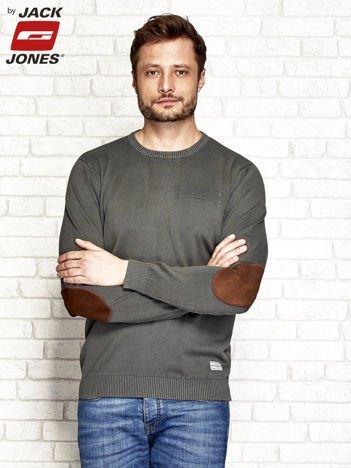Khaki sweter męski z łatami na rękawach