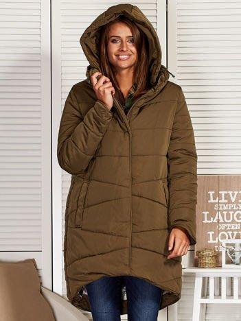 Khaki zimowy płaszcz z broszką