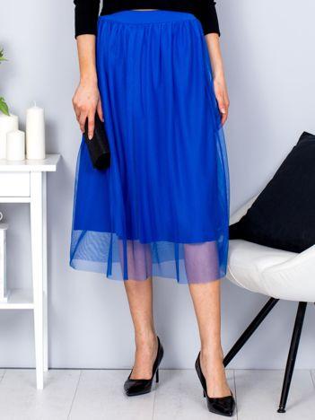 Kobaltowa spódnica midi z tiulową warstwą