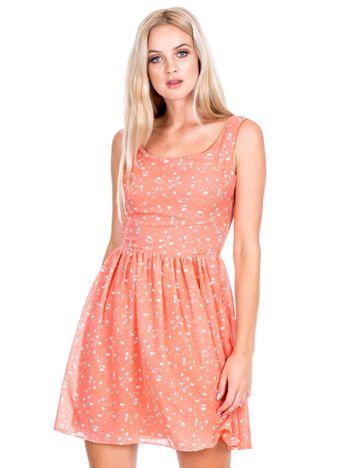 Koralowa sukienka w serduszka