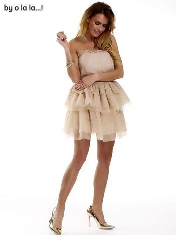 Koronkowa gorsetowa sukienka z warstwowymi falbanami beżowa BY O LA LA