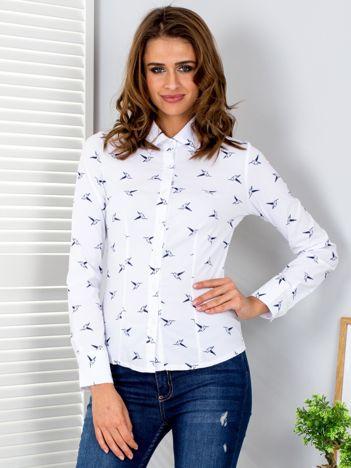 Koszula biała w ptaki