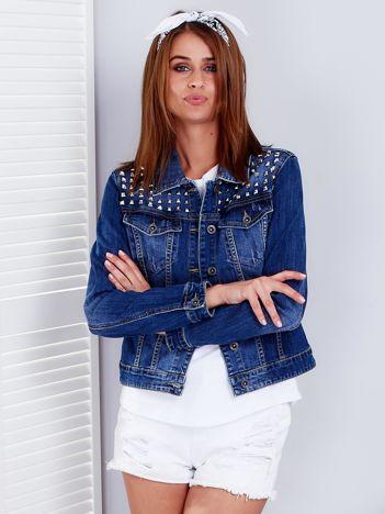 Kurtka jeansowa ozdobiona ćwiekami niebieska