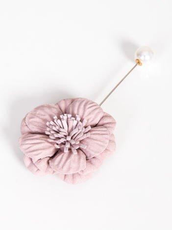 LOLITA Broszka pastelowa różowa z perłową zatyczką