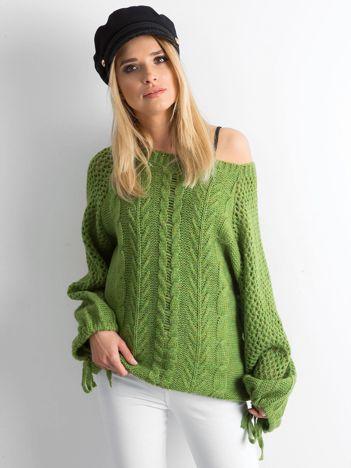 MAGPIE Zielony sweter w warkocze