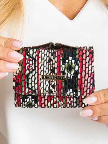Mały skórzany portfel w kolorowe wzory