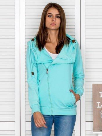 Miętowa bluza dresowa z kapturem