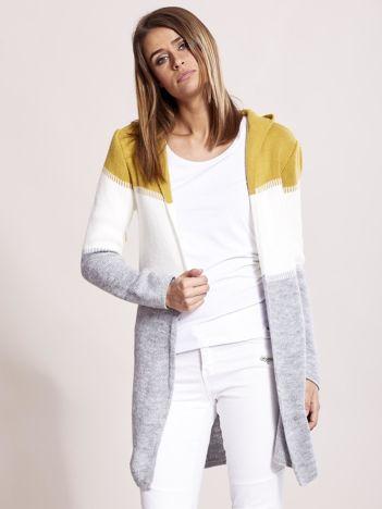 Musztardowo-szary sweter z kapturem