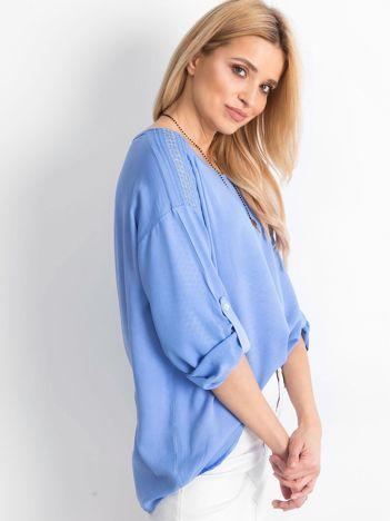Niebieska bluzka Idaho