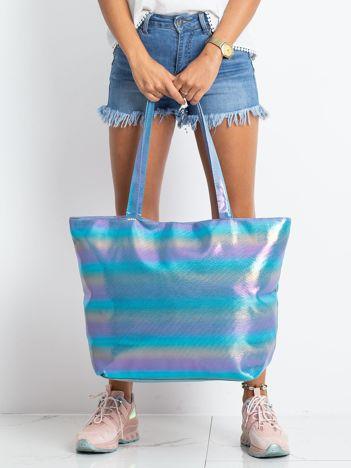 Niebieska błyszcząca torba