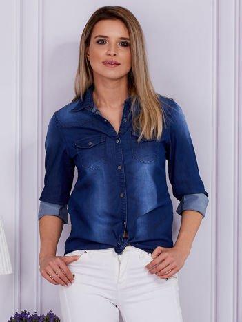 Niebieska jeansowa koszula z etniczną wstawką z tyłu
