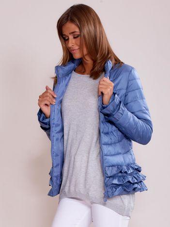 Niebieska kurtka z warstwowymi falbankami