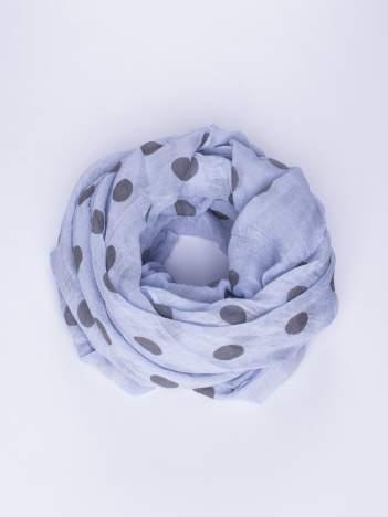 Niebieska lekka chustka w groszki