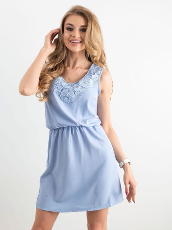 Niebieska letnia sukienka