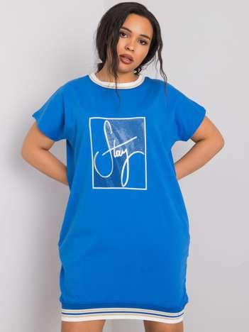 Niebieska sukienka plus size z aplikacją Jadis