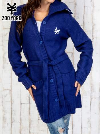 Niebieski długi sweter z wiązaniem