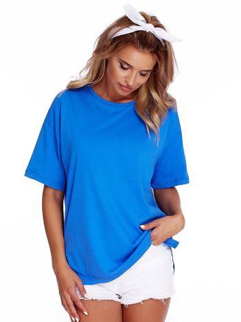 Niebieski luźny t-shirt