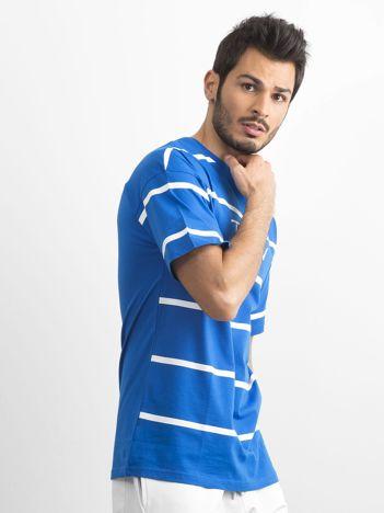 Niebieski męski t-shirt w paski