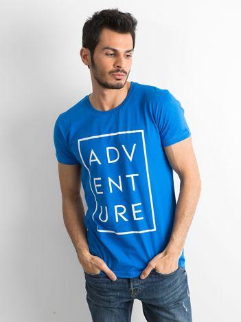 Niebieski męski t-shirt z napisem