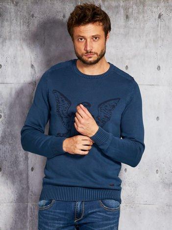 Niebieski sweter męski z orłem