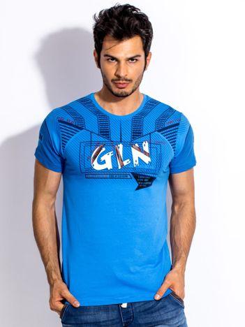Niebieski t-shirt męski z wypukłym nadrukiem
