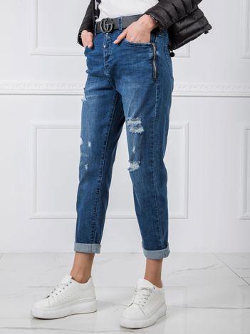Niebieskie jeansy Boyfriend