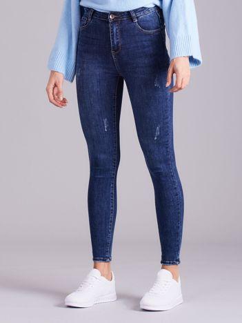 Niebieskie jeansy damskie z wysokim stanem
