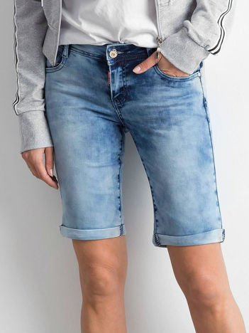 Niebieskie szorty jeansowe z efektem sprania