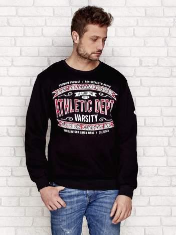 Ocieplana bluza męska ze sportowymi napisami czarna