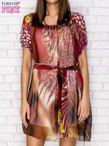Patchworkowa sukienka mgiełka z paskiem i błyszczącą aplikacją