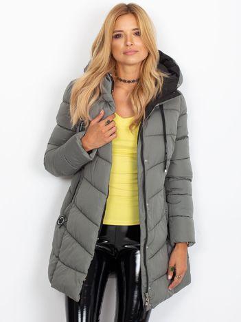 Pikowana kurtka zimowa z kapturem jasnokhaki